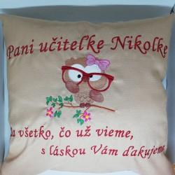 Vankúš pani učiteľke Nikolke